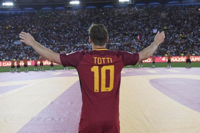 Francesco Totti, il suo futuro potrebbe essere in Rai o Sky
