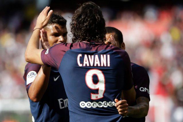 Calciomercato Milan, ultime notizie: per l'attacco spunta anche Cavani