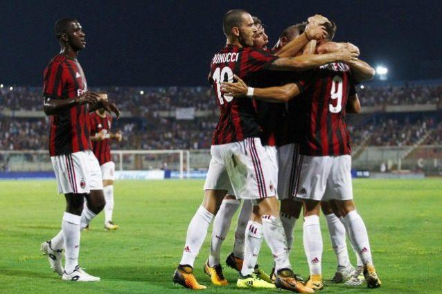 Milan: sconfitta col Betis. Il Var punisce i rossoneri con un rigore assegnato nel finale