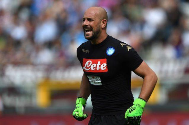 Napoli, il PSG piomba su Pepe Reina: presentata la prima offerta