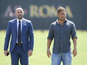 Roma, Totti a Trigoria con Monchi: per l'ex capitano primo giorno da dirigente