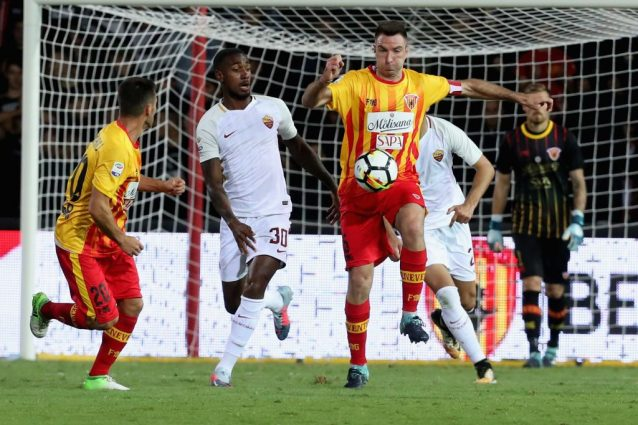 Serie A, Benevento: Lucioni positivo all'antidoping. Sospeso in via cautelare