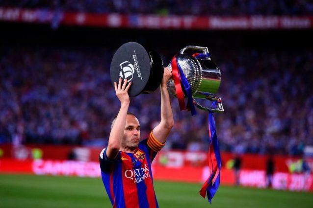 Calciomercato, Iniesta resta al Barcellona: c'è una mail del 5 agosto