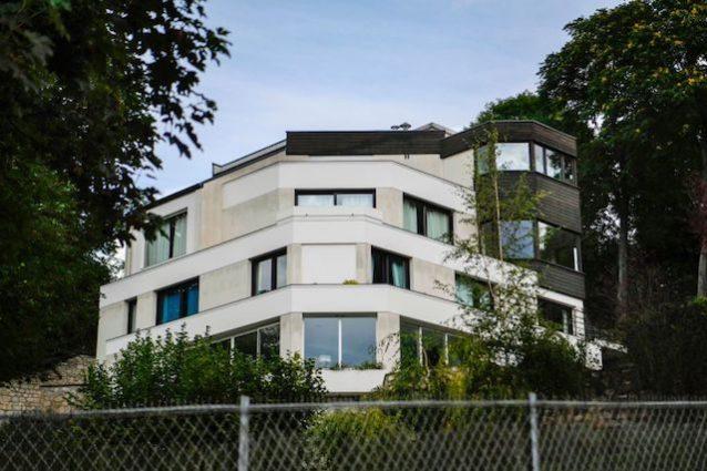 Neymar casa da sogno a parigi villa da 5 milioni di euro for Piani di casa di 5000 metri quadrati con seminterrato