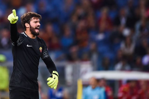 """Alisson, il """"gatto"""" brasiliano ha conquistato i tifosi della Roma"""