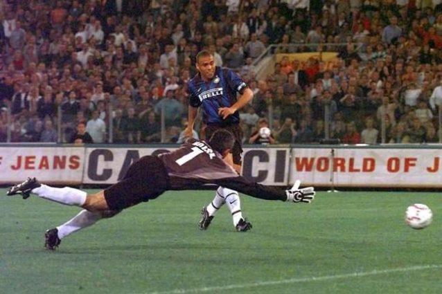 Di Francesco vs Simeone, di fronte gli eroi di un pazzo Roma-Inter del 1999