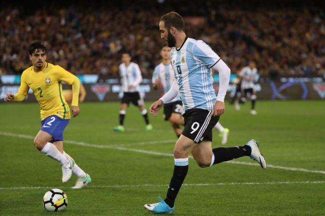 Perù accende la sfida Mondiale: accuse di combine all'Argentina:
