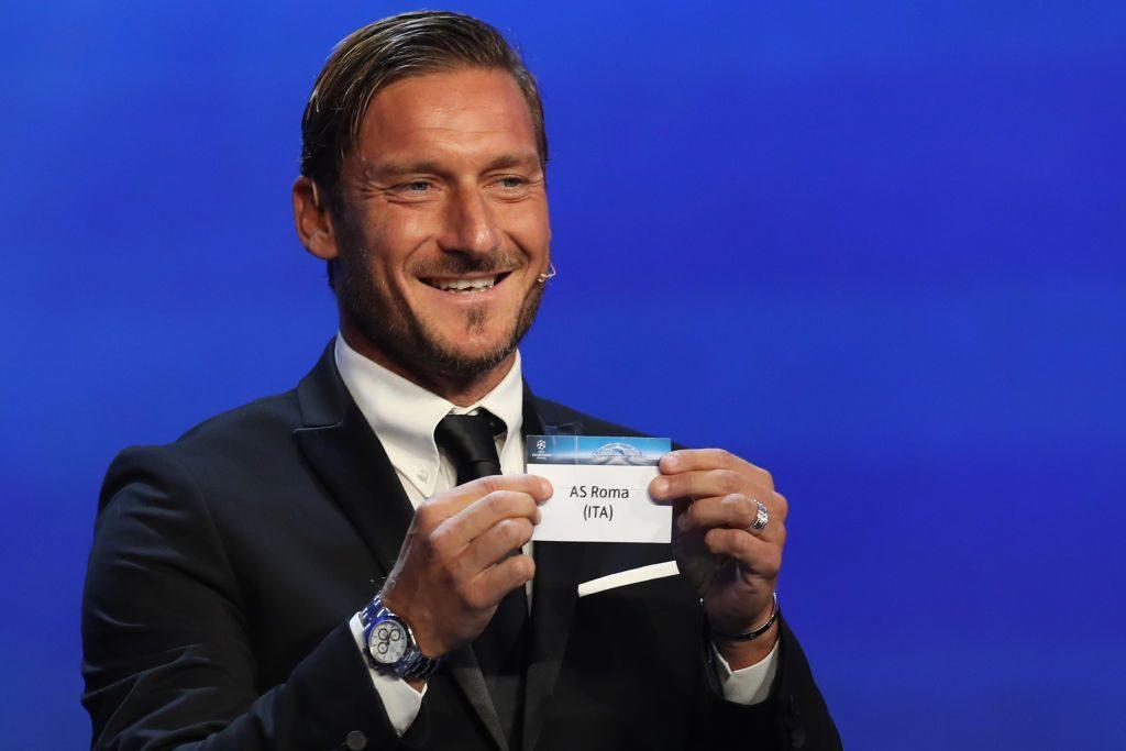 Roma, niente più lezioni per Totti: sospeso il corso da allenatore