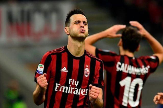 Milan, Kalinic infortunato: non ce la fa, quasi fuori dal derby