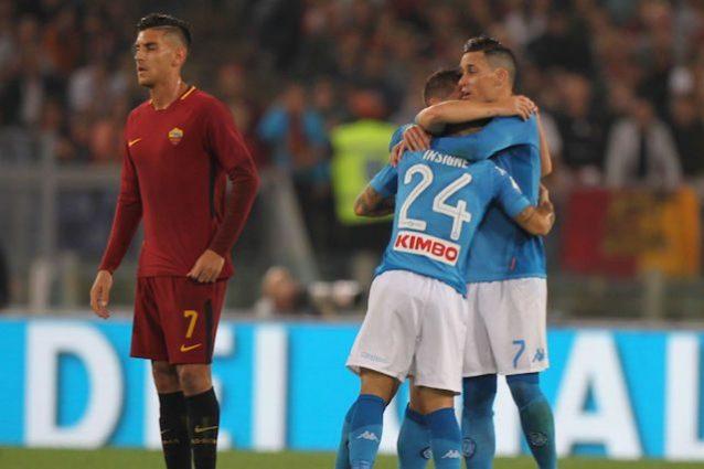 Il Napoli batte la Roma e vola a più 5 sulla Juve