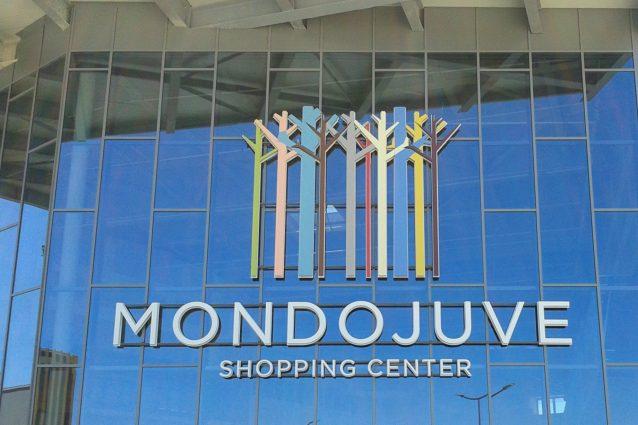 Mondojuve, il centro commerciale bianconero cerca Babbo Natale