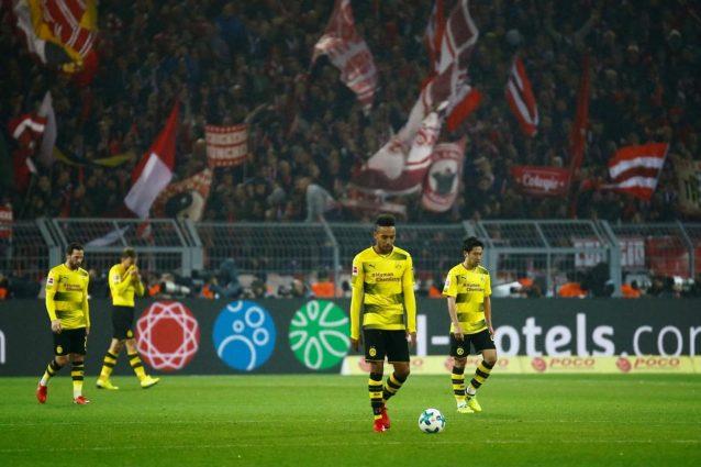 Aubameyang messo fuori squadra dal Borussia Dortmund: notte di follia a Barcellona