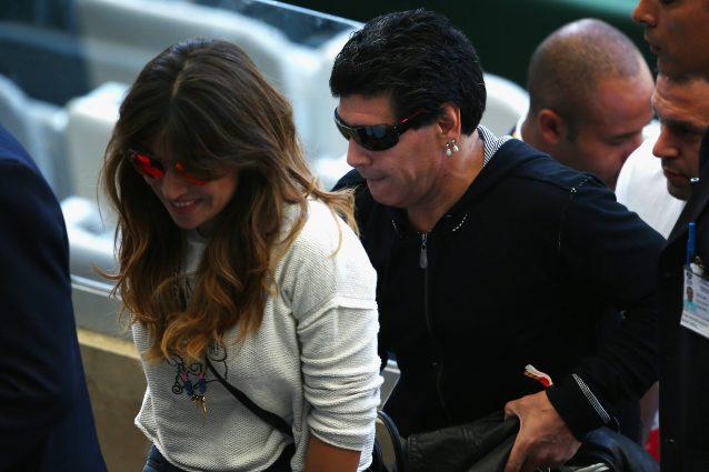 Giannina Maradona accanto all'ex Pibe de Oro