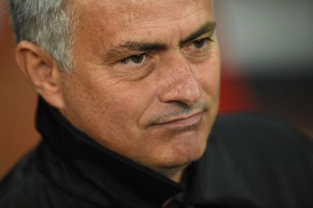 Caos in casa Manchester United, dimissioni per Mourinho? Il tecnico smentisce