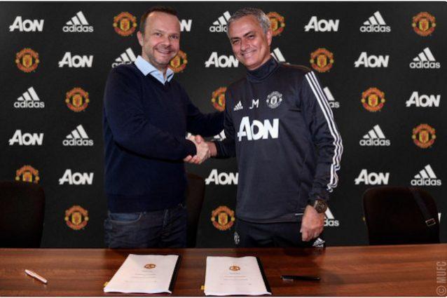 Mourinho rinnova con il Manchester United: