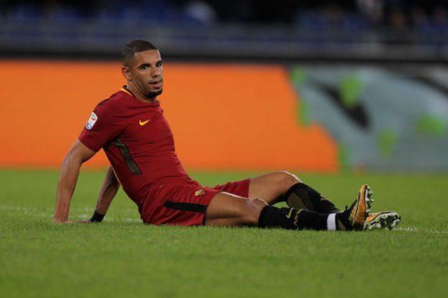 Roma, incidente per Bruno Peres: giocatore illeso ma auto distrutta