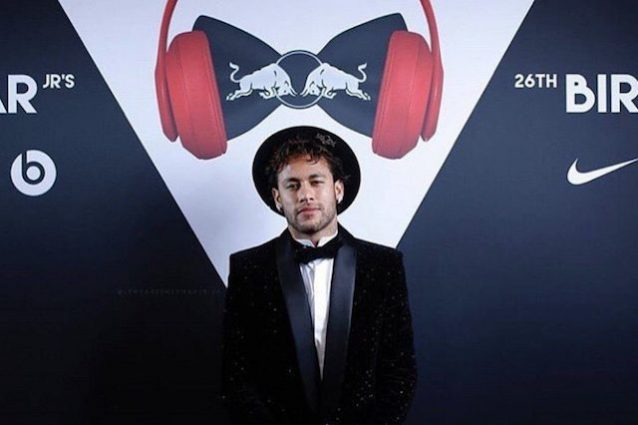 L'Equipe - PSG, monte ingaggi da infarto! Neymar guadagna 3 milioni di euro al mese
