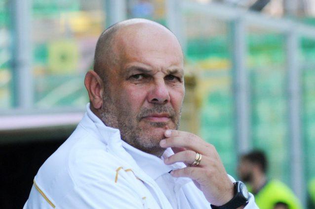 Serie B, il Palermo accusa:
