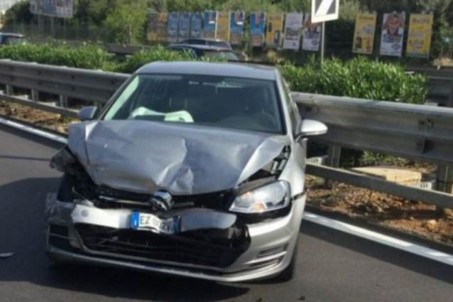 Incidente stradale per il centrocampista del Palermo Eddy Gnahorè