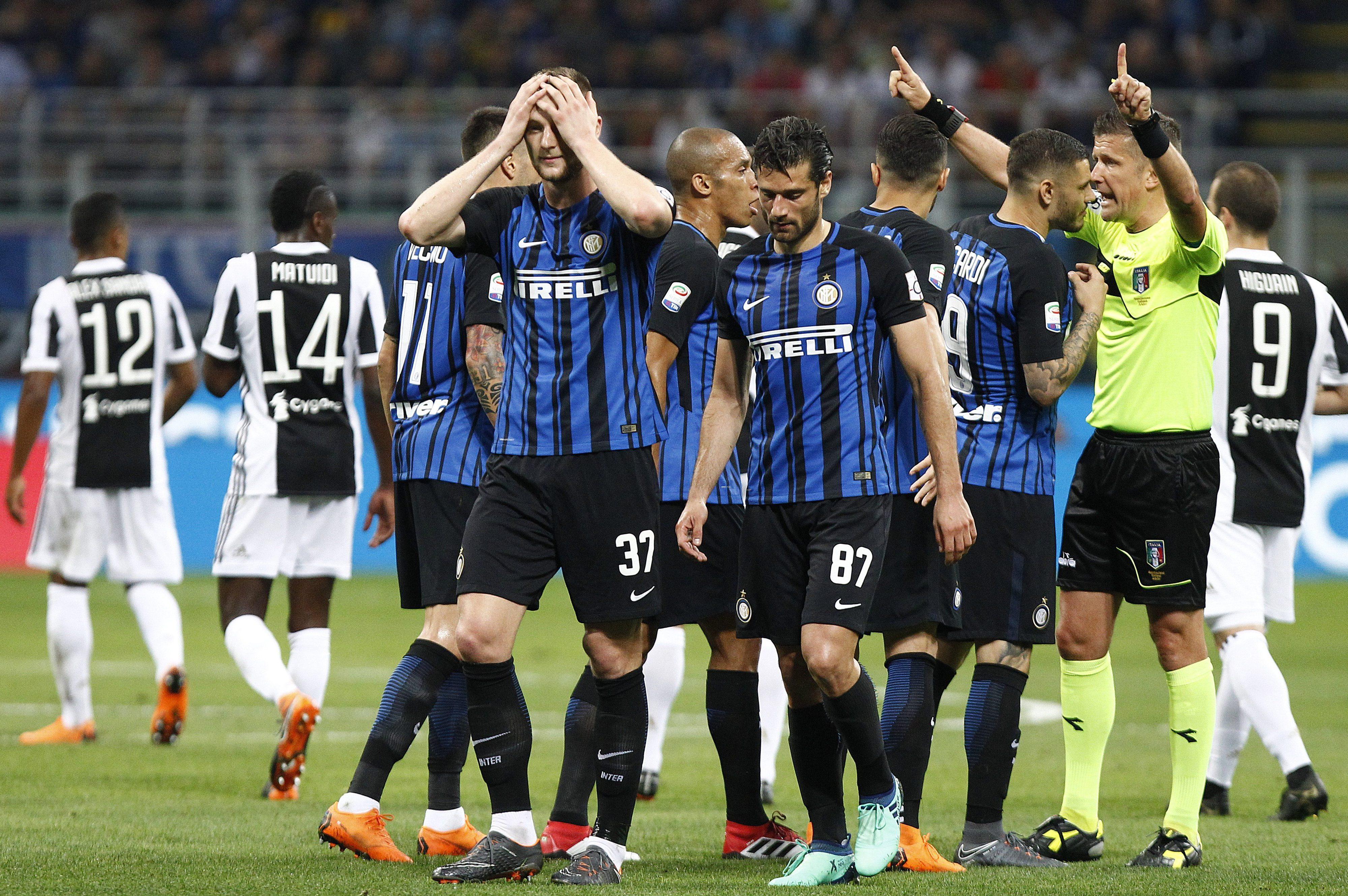 8a72dcc6ff Articolo 12 del regolamento: perché in Inter-Juve Orsato ha espulso Vecino  e non Barzagli