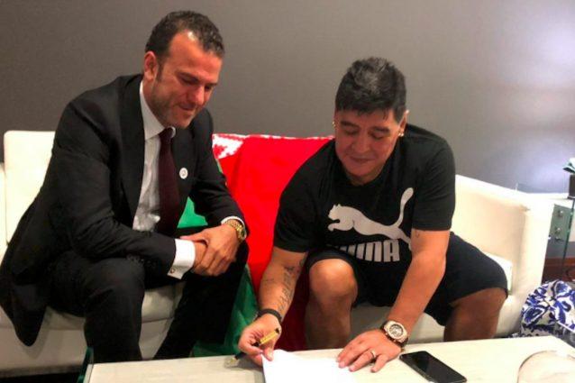 Maradona lascia gli Emirati e sarà allenatore e presidente del Dinamo Brest