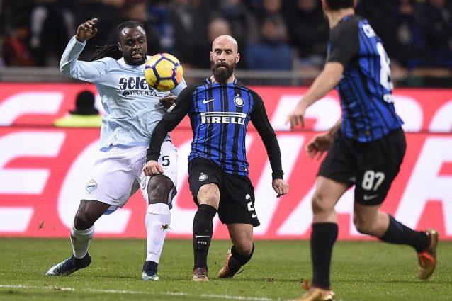 Serie A al 45′: Lazio pareggia a Crotone. Fiorentina sotto. Ok SPAL
