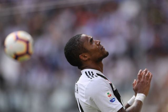 Infortunio Douglas Costa, Juventus news: lungo stop per il numero 11?
