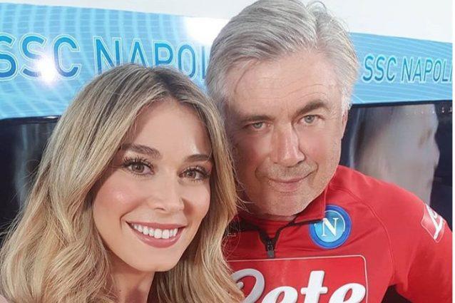 Diletta Leotta accanto al tecnico del Napoli, Carlo Ancelotti (foto da Instagram)
