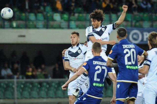 Serie B: il Verona ferma il Brescia sul pari, ribaltone Spezia