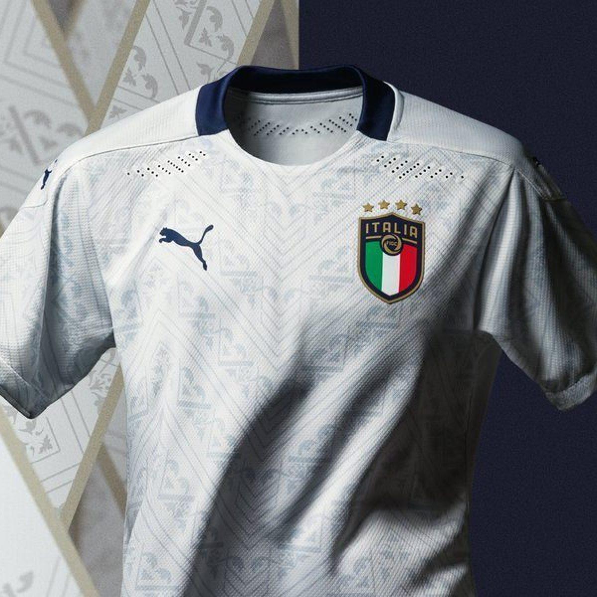 Italia, presentata la nuova maglia Away: interamente bianca in ...