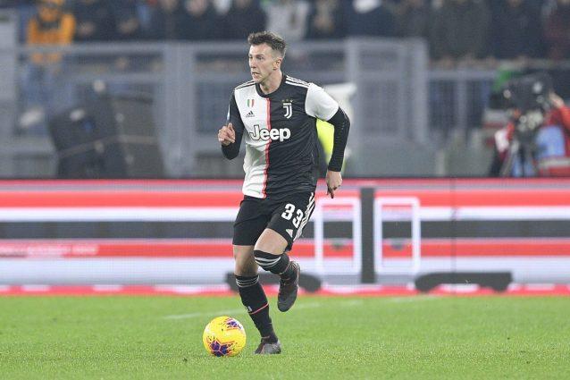 Calciomercato Juventus, idea di scambio Bernardeschi Paquetà