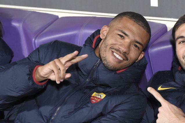 Juan Jesus, c'è il sì della Fiorentina: si tratta con la Roma, accordo per 4 milioni