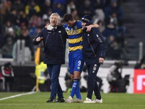 Parma, infortunio Inglese: lesione alla coscia, nuovo lungo