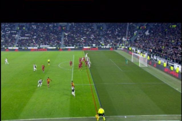 Moviola Juventus Roma: gol di Bonucci regolare, per il Var n