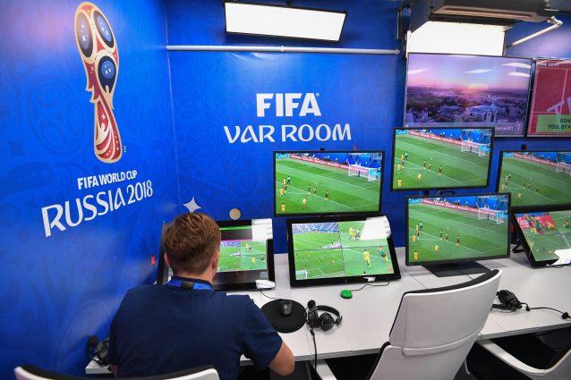 Serie A, VAR Room centralizzata a Coverciano dalla stagione