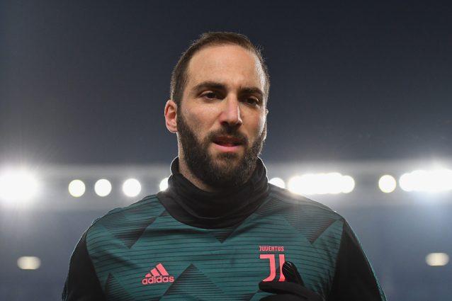 Juventus, terapie per Higuain per una lieve lombalgia: Spal