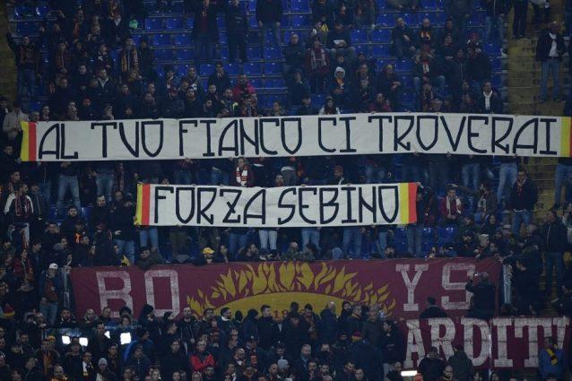 """Roma Gent, lo striscione dei tifosi per Sebino Nela: """"Sempre"""