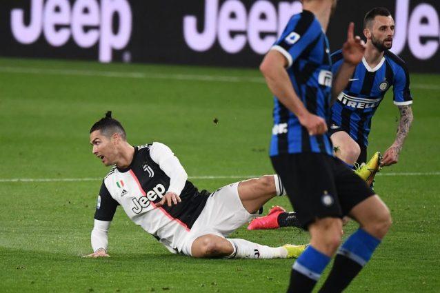 Il campionato di Serie A si concluderà: ipotesi giocare fino