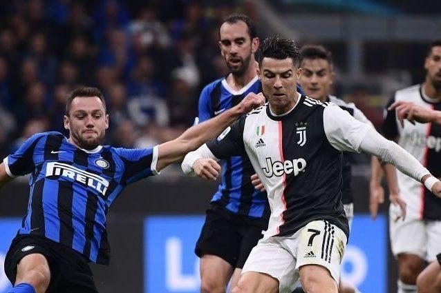 Serie A La Lega Ha Deciso Oggi Si Gioca In Campo Il Milan Alle 15 E Juve Inter Alle 20 45